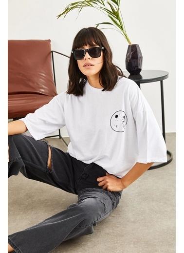 Sortee Kadın Astronot Baskılı Düşük Kol T-Shirt Beyaz